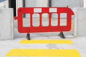 03-portable-plastic-fence